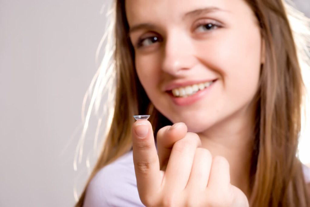 תתפלאו, עדשות מגע הן האביזר המושלם למתבגרים שלכם